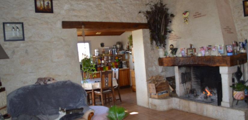 Ground floor cottage on 2630 m2